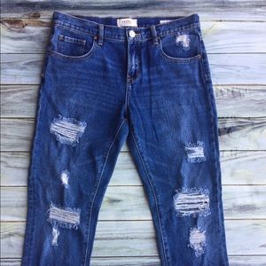 Pacsun boyfriend jeans distressed size 28